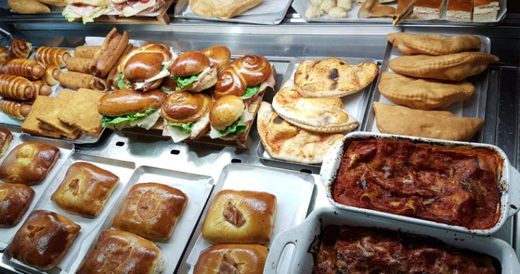 La tavola calda - La Brasserie Sous Les Arcades Bari